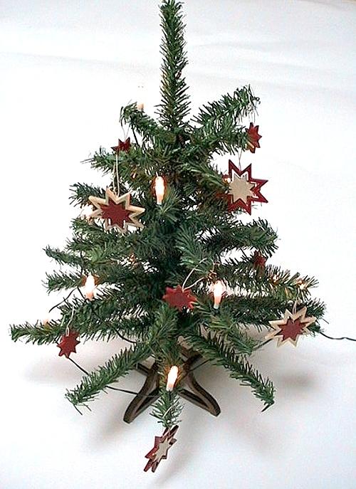 Lichterkette Weihnachtsbaum.Weihnachtsbaum Komplett Mit Sternen Und 12 Volt Lichterkette